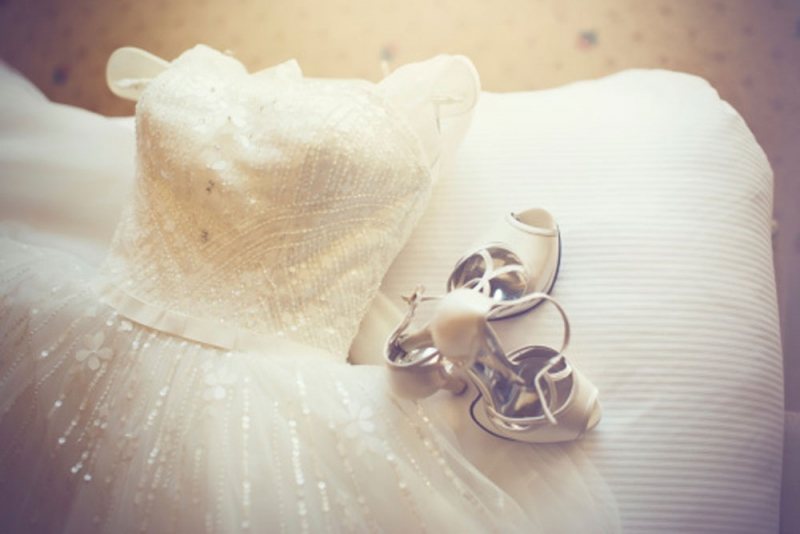 5 Things To Do With Your Wedding Dress After The Wedding Avenue