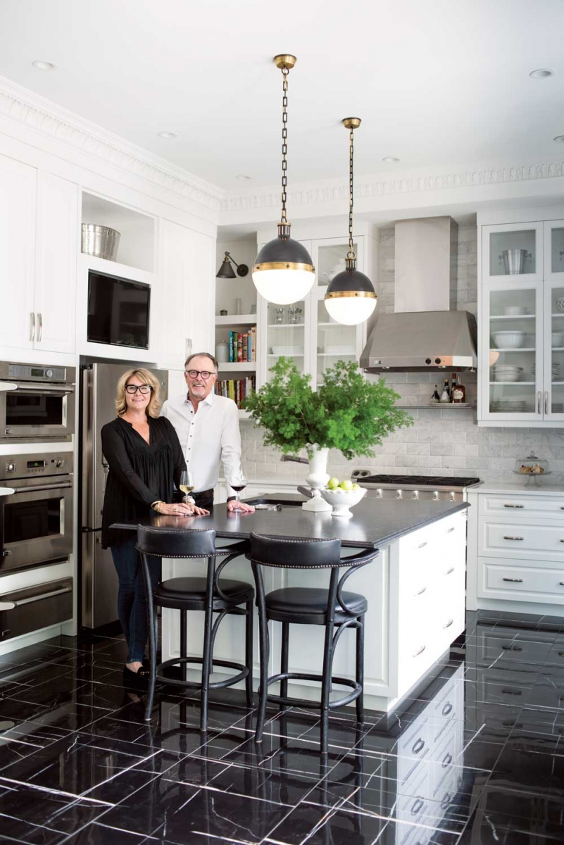 Karen And Ron Ryan S Contrasting Black And White Home