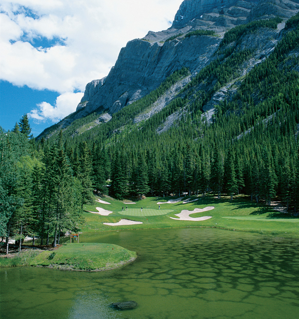 Hole 4 at the Fairmont Banff Springs Golf Course.