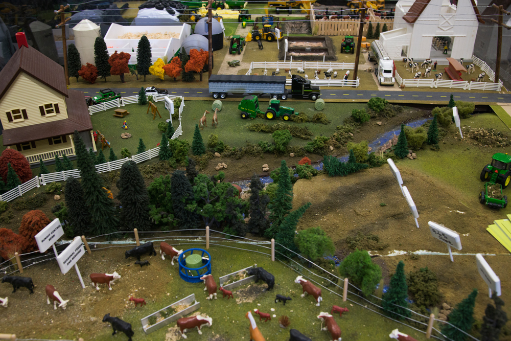 Many of us city folk will never visit an actual farm, so here's your chance to get a bird's eye view of what such a mythical place looks like. The agricultural exhibits have little scenes where you can peek inside a dairy barn, a cattle ranch, and even watch a tiny grain elevator whirring along loading trucks and trains.