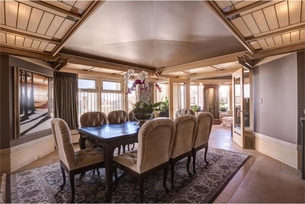 It has multiple eating areas including a formal dining room.
